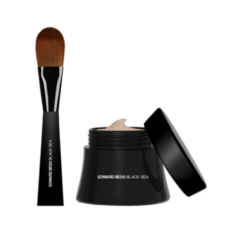 Black Sea® Complexion Correcting Mousse Foundation with Expert Blending Brush